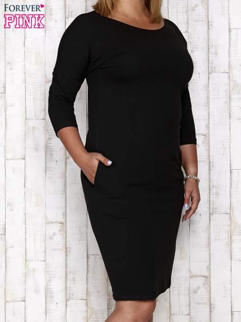 Czarna prosta sukienka dresowa PLUS SIZE                                  zdj.                                  1