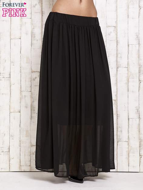 Czarna spódnica maxi na gumkę w pasie