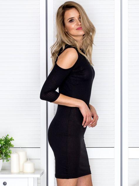 Czarna sukienka cold arms prążkowana                                  zdj.                                  5