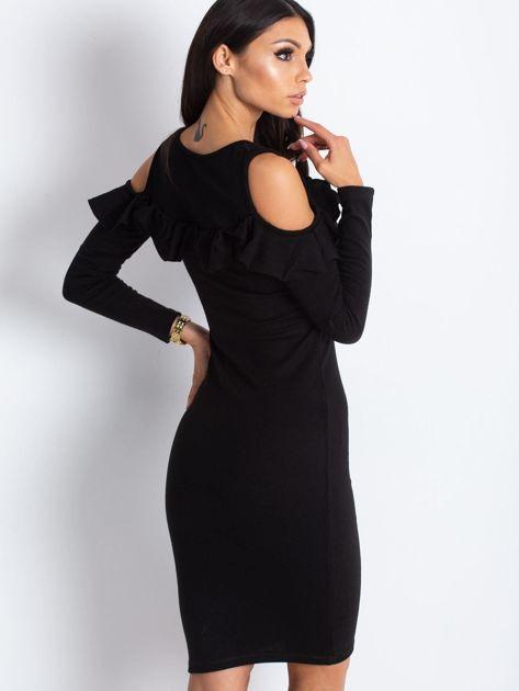 Czarna sukienka cut out z falbaną                              zdj.                              3