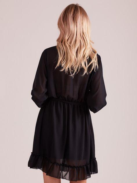 Czarna sukienka damska z falbankami                              zdj.                              2