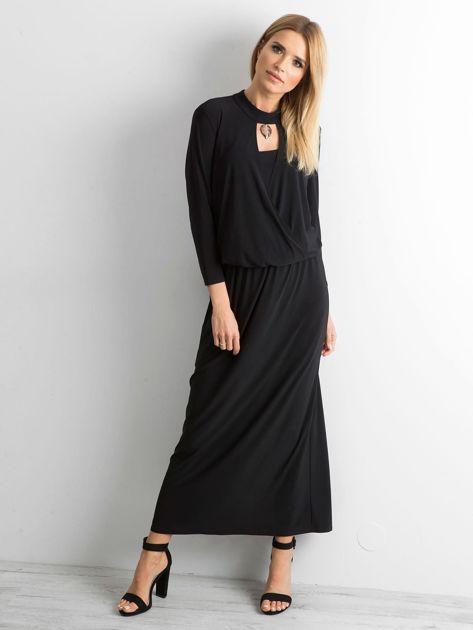 Czarna sukienka maxi z wycięciem                              zdj.                              4