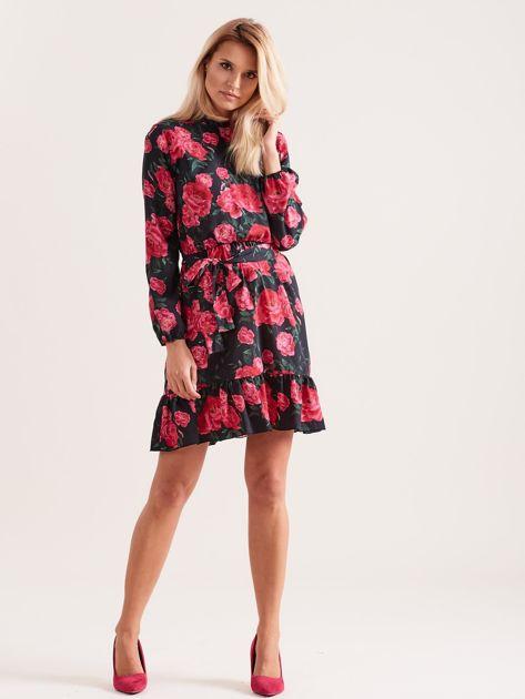 Czarna sukienka z falbaną w kwiaty                              zdj.                              4