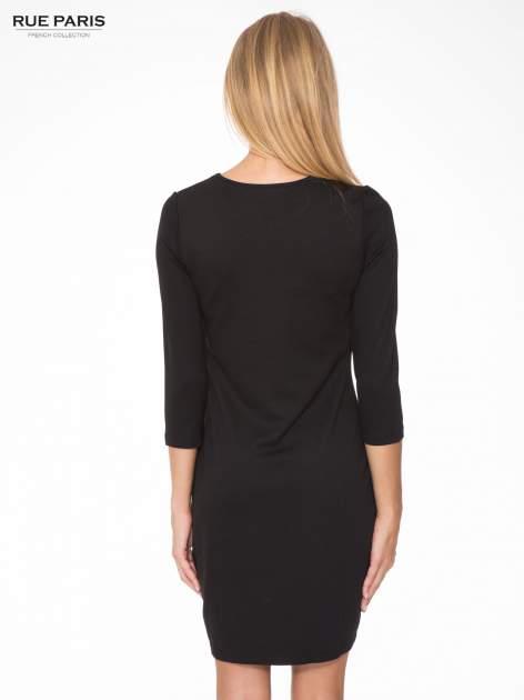 Czarna sukienka z fotograficznym nadrukiem krajobrazu                              zdj.                              4