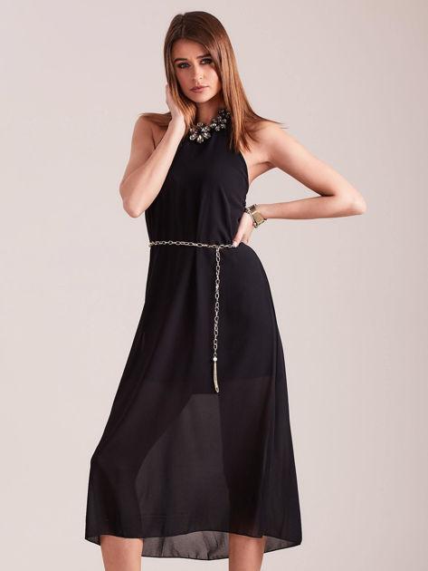 Czarna sukienka z ozdobnym dekoltem                              zdj.                              1