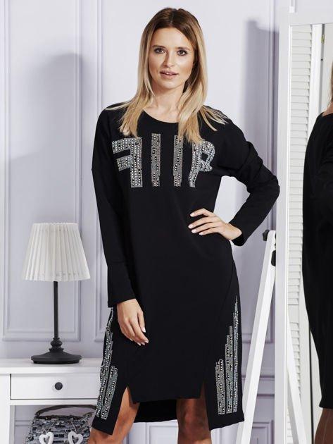 Czarna sukienka z perełkami i dżetami                              zdj.                              1