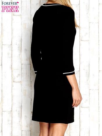 Czarna sukienka z rękawem 3/4                                  zdj.                                  4