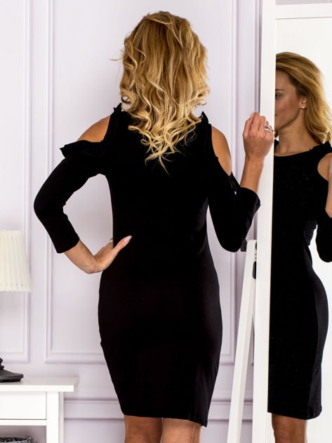 Czarna sukienka z wycięciami na ramionach                                  zdj.                                  2