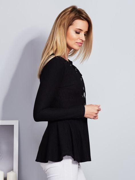 Czarna sznurowana bluzka z baskinką                                  zdj.                                  5