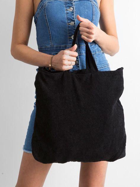 Czarna sztruksowa torba z napisem                              zdj.                              3
