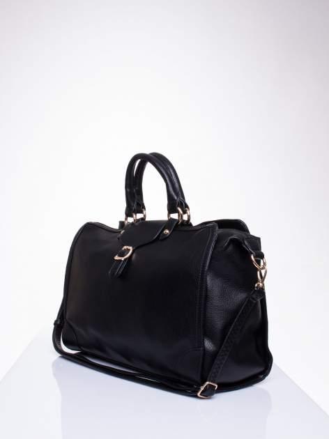 Czarna torba kuferek z klapką                                  zdj.                                  3