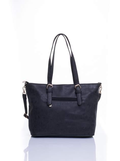 Czarna torba shopper bag z zawieszką                                  zdj.                                  4