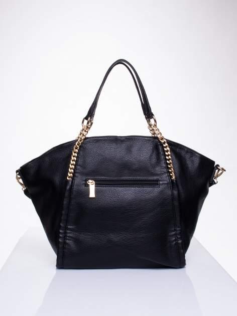 Czarna torba shopper bag ze złotymi łańcuchami                                  zdj.                                  2