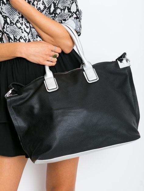 Czarna torba shopper z odpinanym paskiem                              zdj.                              1