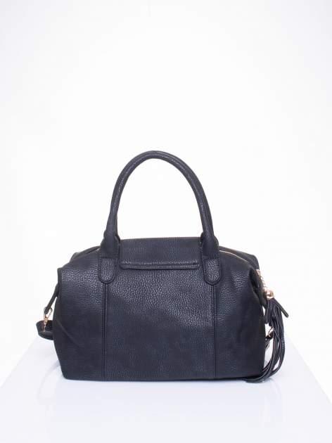 Czarna torba z klapką i odpinanym paskiem                                  zdj.                                  3