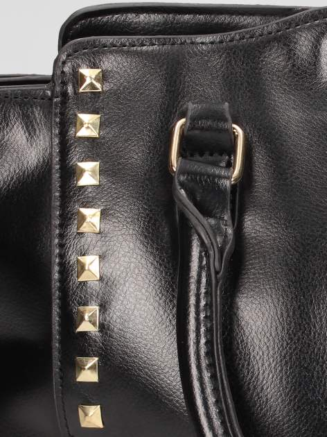 Czarna torebka na ramię z dżetami                                  zdj.                                  8