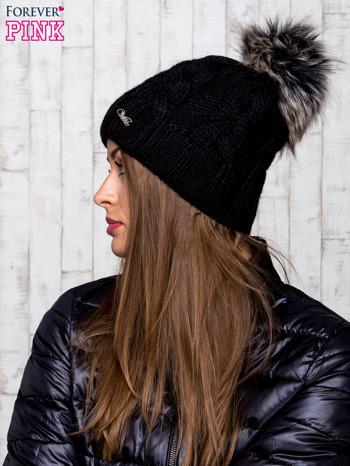 Czarna wełniana czapka z pomponem                                  zdj.                                  2