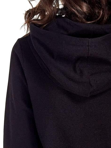 Czarna zasuwana bluza z kapturem z nadrukiem numerycznym                                  zdj.                                  7