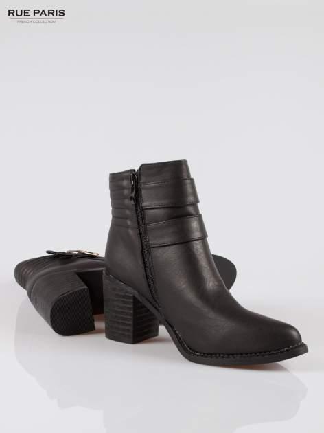 Czarne botki biker boots na słupku ze złotymi klamerkami                                  zdj.                                  4