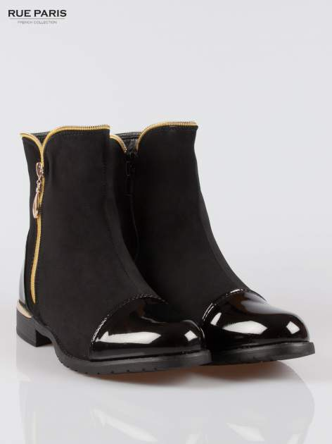 Czarne botki ze złotym zamkiem i obcasem i lakierowanym czubkiem                                  zdj.                                  2
