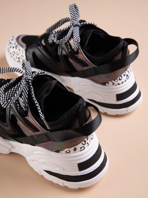 Czarne buty sportowe na platformie z podwójnymi sznurówkami                              zdj.                              3