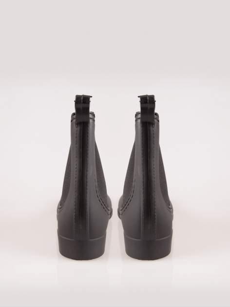 Czarne krótkie kalosze z gumką po bokach                                  zdj.                                  3