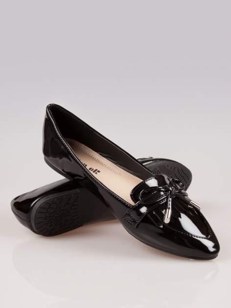 Czarne lakierowane lordsy faux leather Miracle z kokardką                                  zdj.                                  4