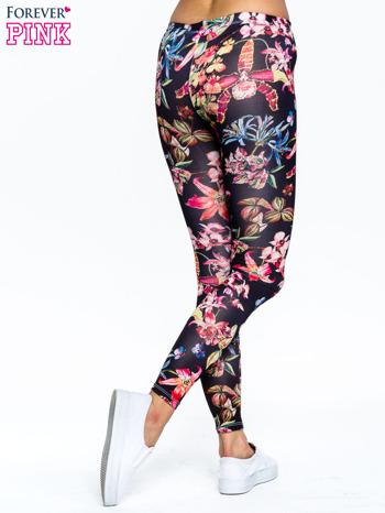 Czarne legginsy w kwiaty                                  zdj.                                  4