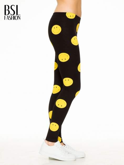 Czarne legginsy z nadrukiem uśmiechniętych buziek                                  zdj.                                  3