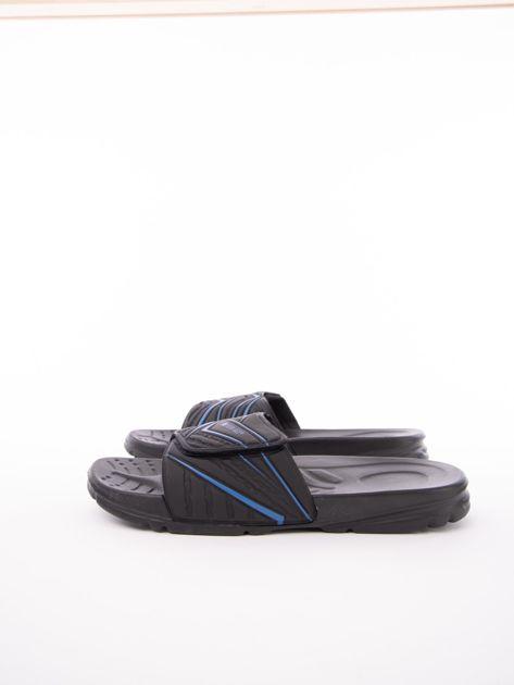 Czarne męskie klapki basenowe w niebieskie wzory                              zdj.                              3