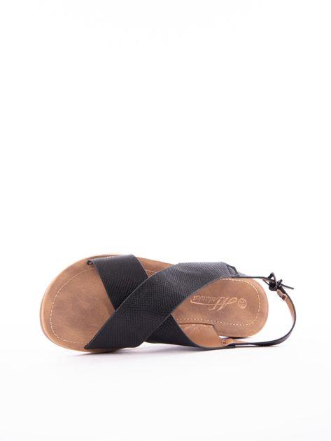 Czarne sandały Mulanka z tłoczoną fakturą                               zdj.                              5