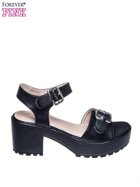 Czarne sandały z klamrami na grubej traktorowej podeszwie                                  zdj.                                  1