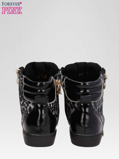 Czarne sneakersy damskie z motywem panterki                                  zdj.                                  3