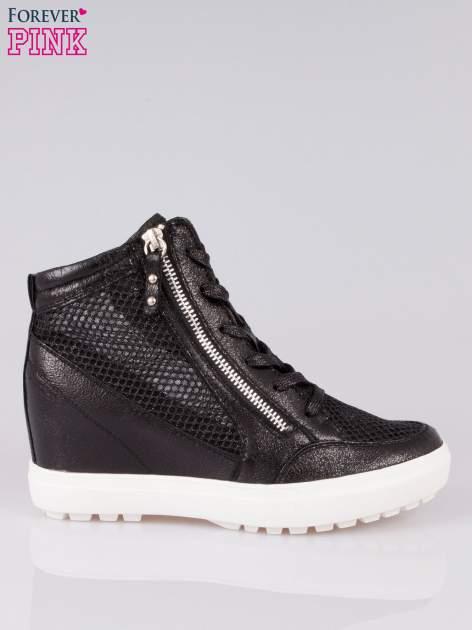 Czarne sneakersy damskie z wężową siateczką Martina                                  zdj.                                  1
