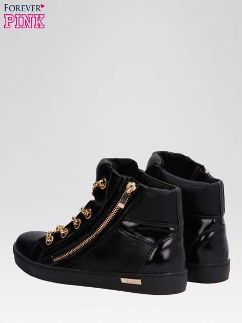 Czarne sneakersy damskie ze złotym łańcuszkiem                                  zdj.                                  5