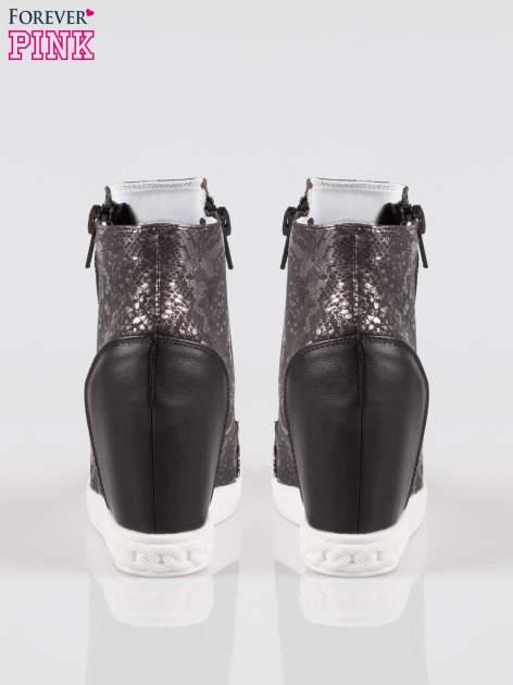 Czarne sneakersy snake print z zamkiem                                  zdj.                                  3