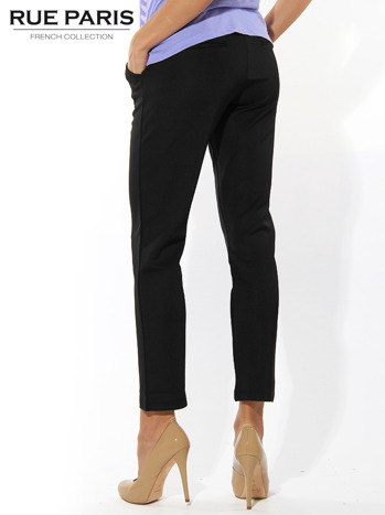 Czarne spodnie cygaretki z kieszeniami                                  zdj.                                  3