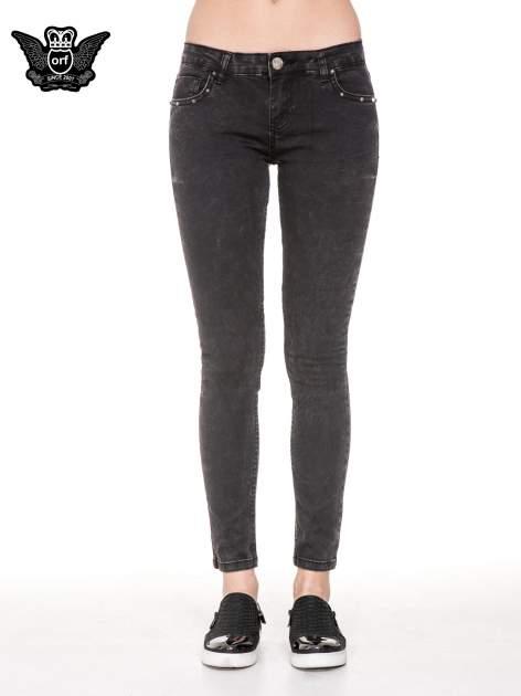 Czarne spodnie skinny jeans z dżetami przy kieszeniach                                  zdj.                                  5