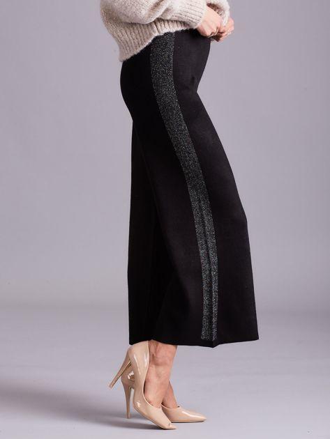 Czarne szerokie spodnie z dzianiny                              zdj.                              3