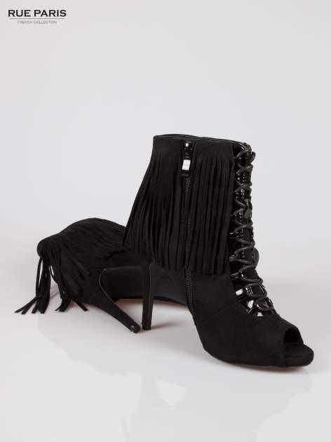 Czarne sznurowane botki faux suede Ophelia open toe z frędzlami                                  zdj.                                  4