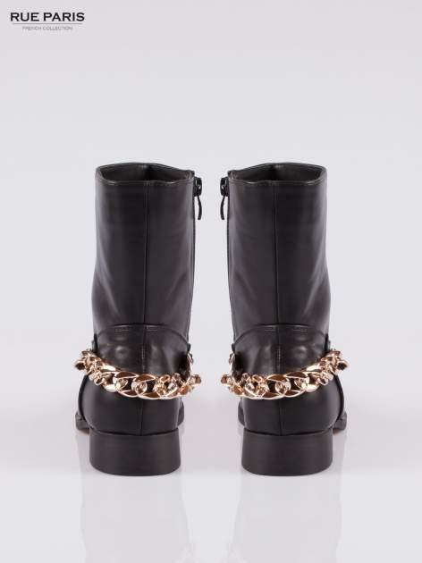 Czarne wysokie botki biker boots ze złotym łańcuchem z tyłu                                  zdj.                                  3