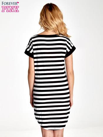 Czarno-biała sukienka w paski z nadrukiem serca                                  zdj.                                  4