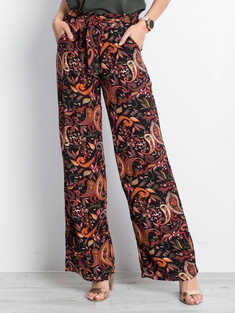 Czarno-różowe spodnie Fairytail