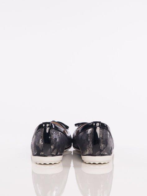 Czarno-srebrne cieniowane baleriny leather Husky z jasną podeszwą i czarną kokardką                              zdj.                              4