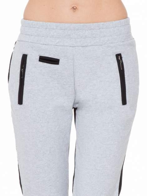 Czarno-szare spodnie dresowe two tone z kieszeniami                                  zdj.                                  5
