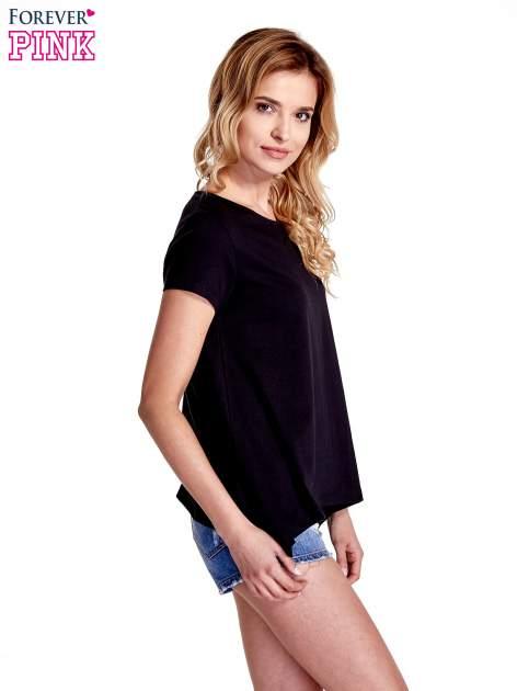 Czarny asymetryczny t-shirt                                  zdj.                                  3