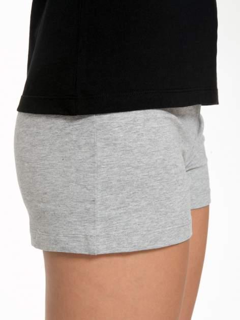 Czarny bawełniany t-shirt damski typu basic                                  zdj.                                  7