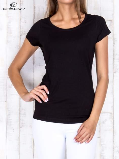 Czarny damski t-shirt sportowy basic PLUS SIZE                                  zdj.                                  1
