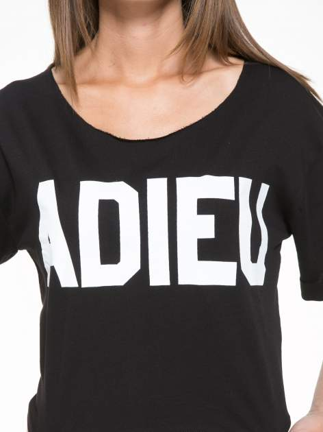 Czarny krótki t-shirt z napisem ADIEU                                  zdj.                                  7