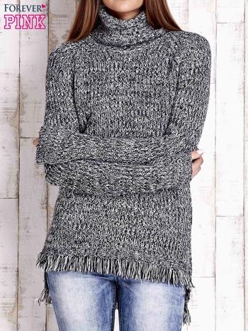 Czarny melanżowy sweter z golfem i frędzlami na dole                                   zdj.                                  1